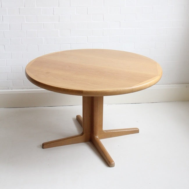 Image of danish extendable oak dining table