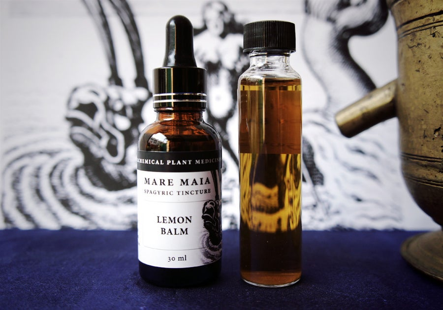 Image of LEMON BALM spagyric tincture - alchemically enhanced plant extraction