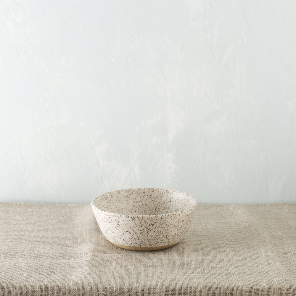 Image of Matte white plate/bowl set