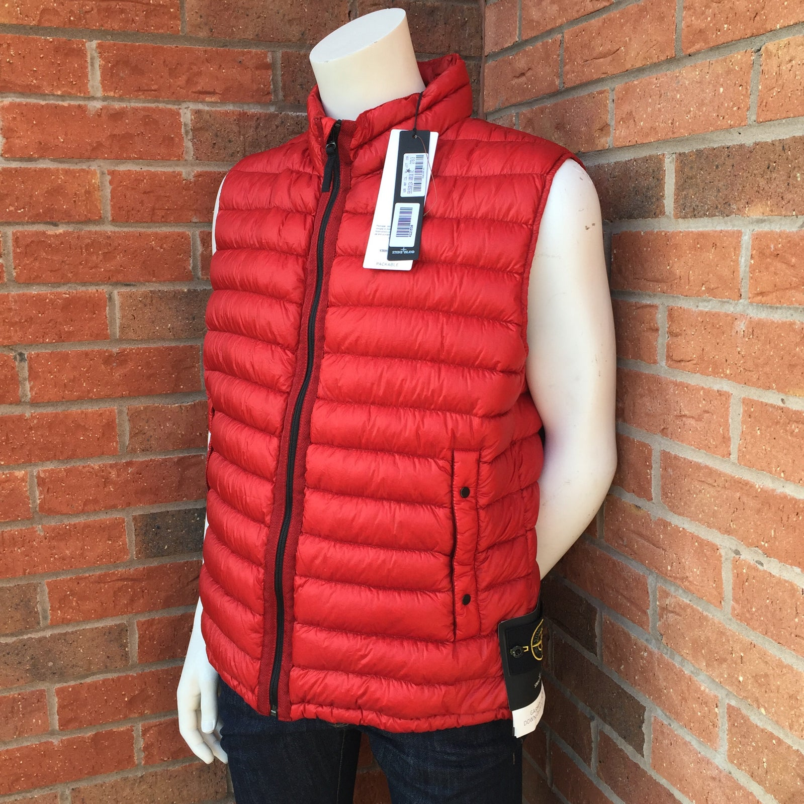 stone island packable down bodywarmer red youngmenswear. Black Bedroom Furniture Sets. Home Design Ideas