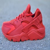 "Image of Nike WMNS Air Huarache ""Triple Red"""