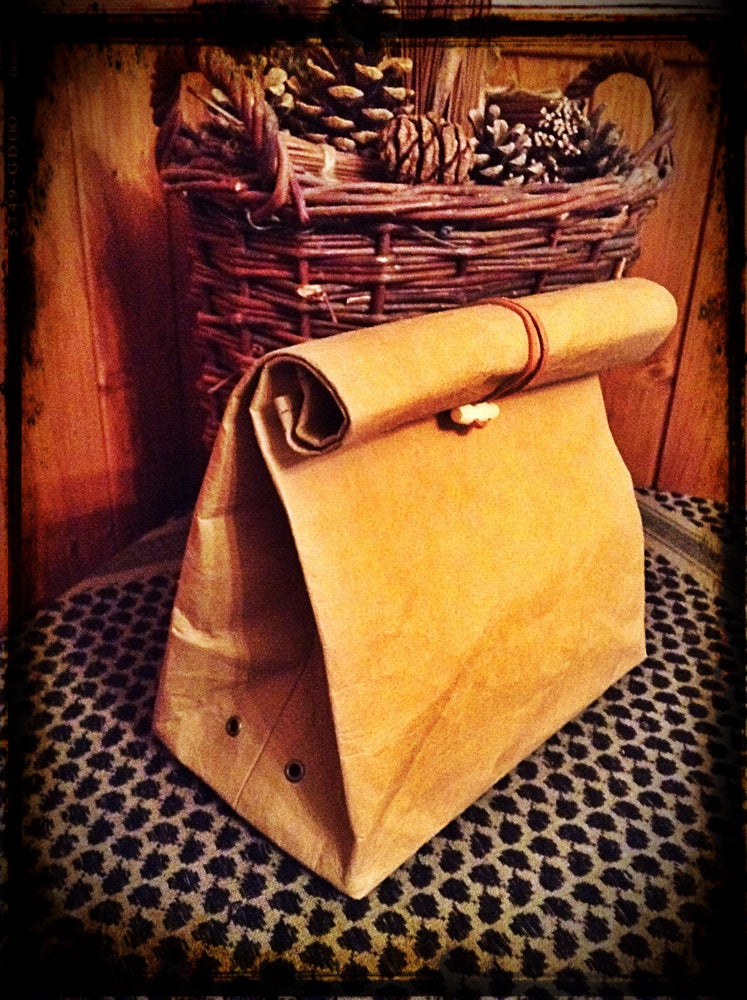 Image of Brown Retro Lunchbag