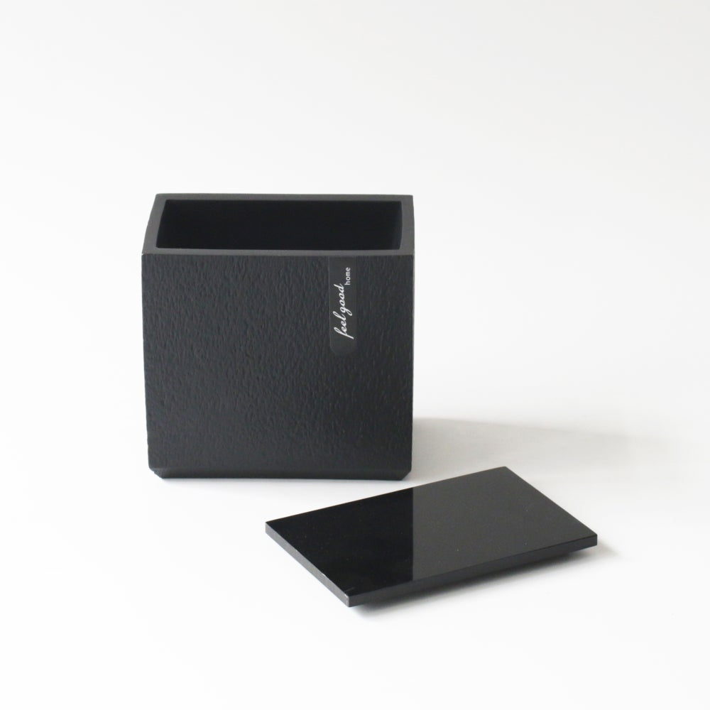 Image of BOLD - Container with Lid