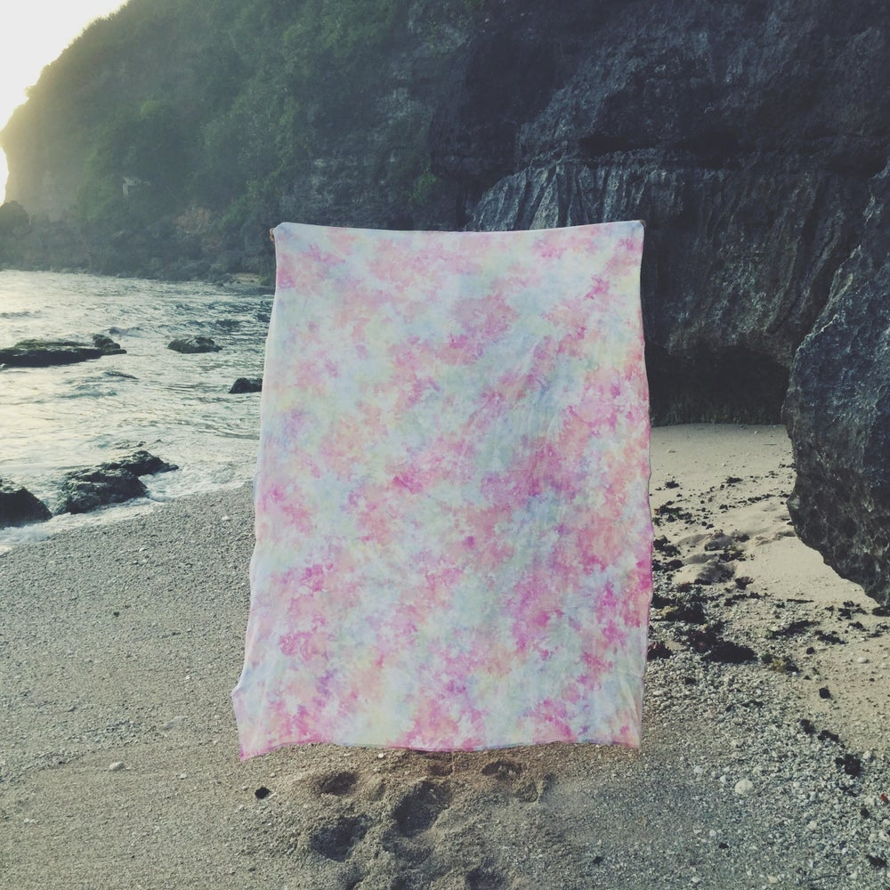 Image of MISTY BEACH SHEET