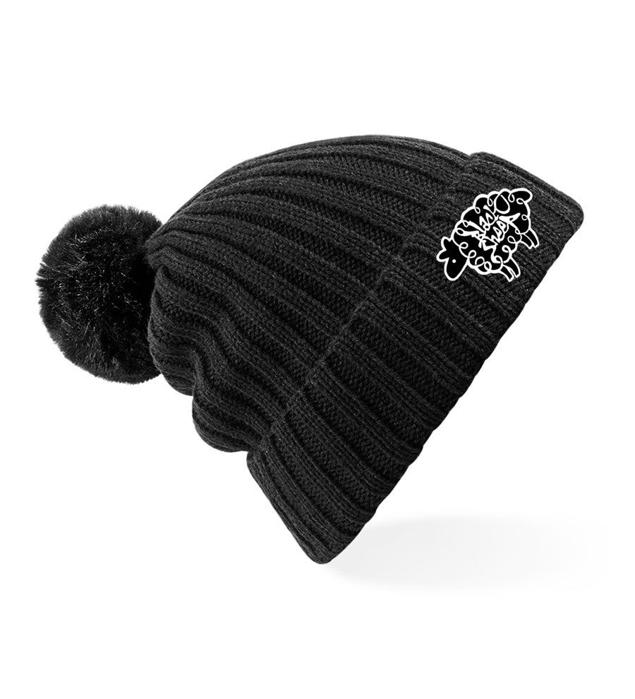 Image of LUXURY BOBBLE BEANIE (BLACK)