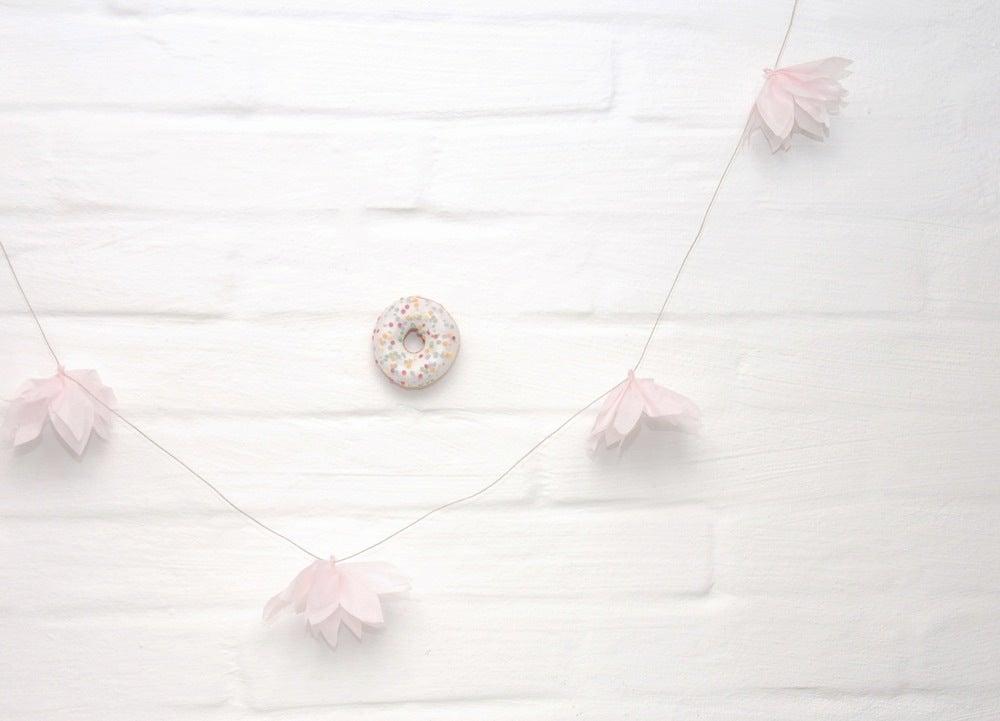 Image of LINE+LIV postcard ° doughnut