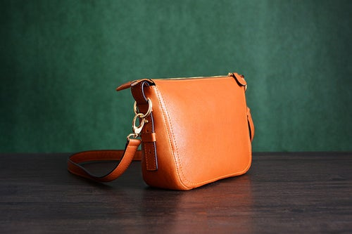Image of Custom Handmade Italian Vegetable Tanned Leather Messenger Shoulder Bag Men Satchel Bag D032