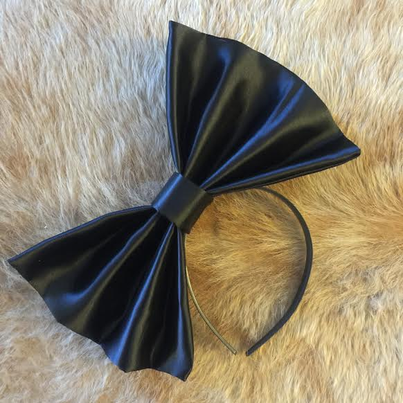 """Image of """"BLACKED OUT"""" Hair Bow *Handmade by Millionaires*"""