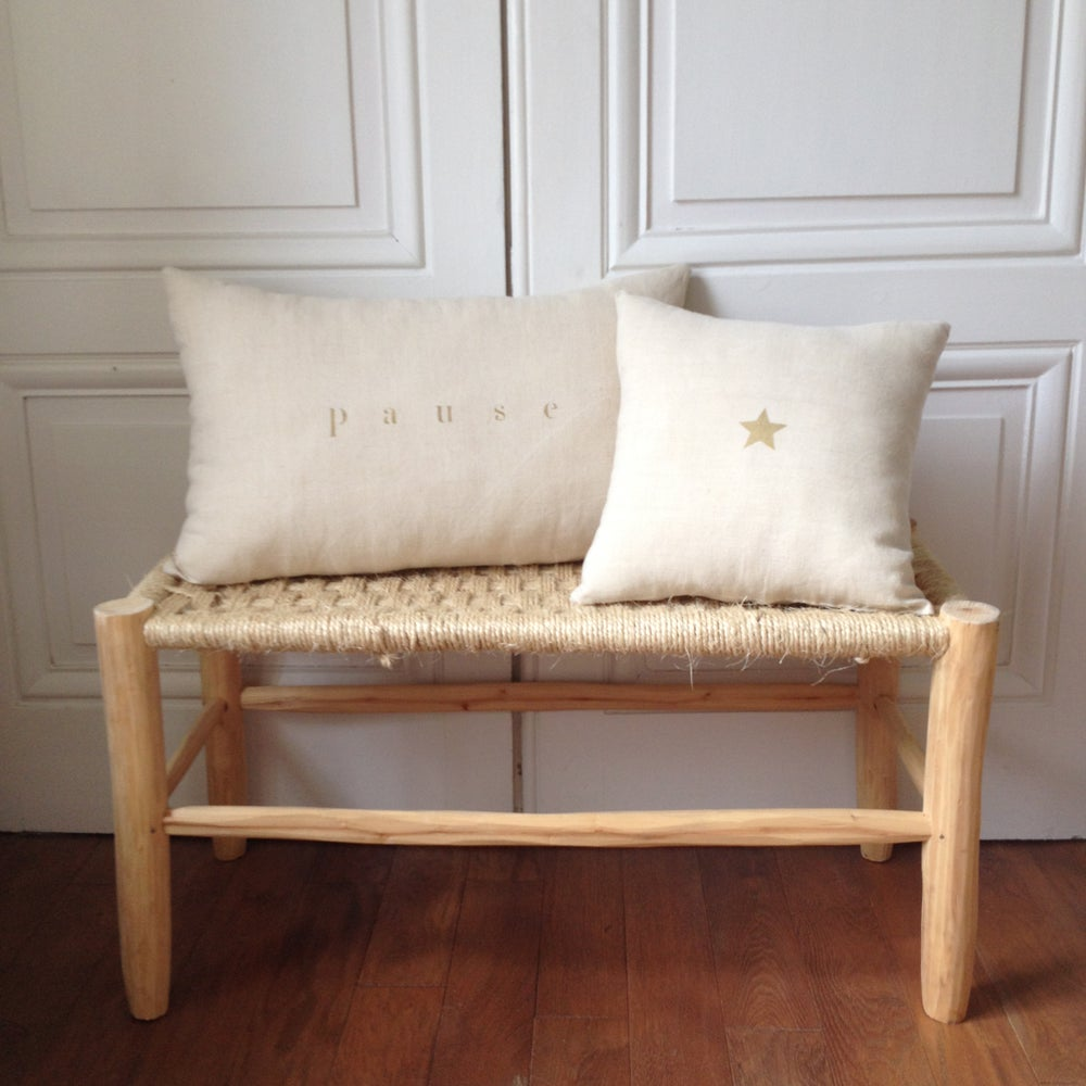 Image of Coussin écru pause or long