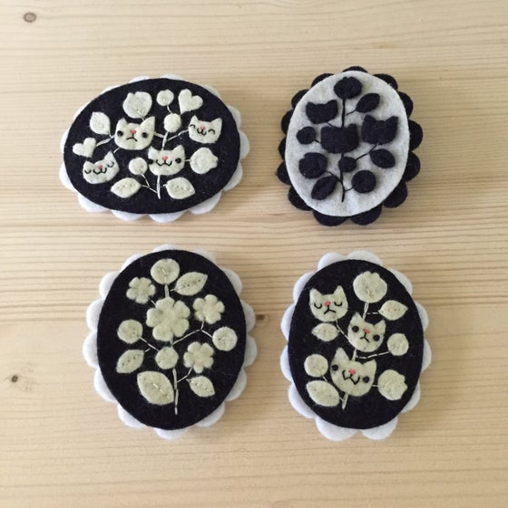 Image of cameo brooches // second edition