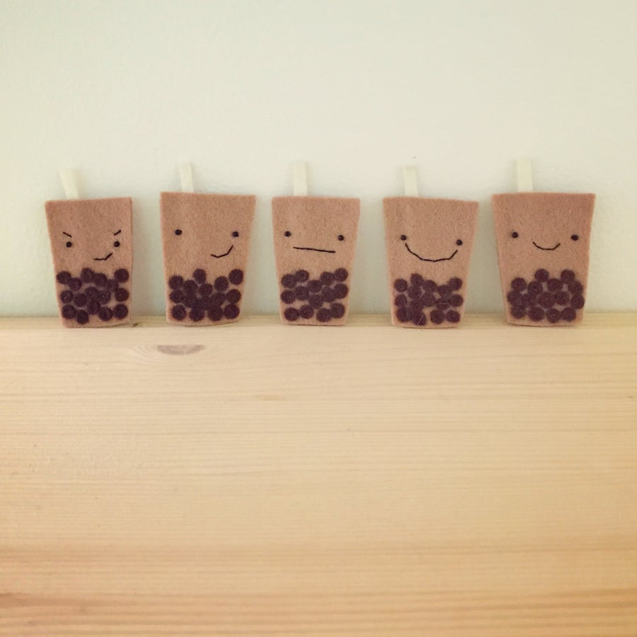 Image of bubble tea brooches
