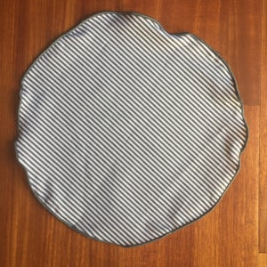 Image of Grey Stripe Round