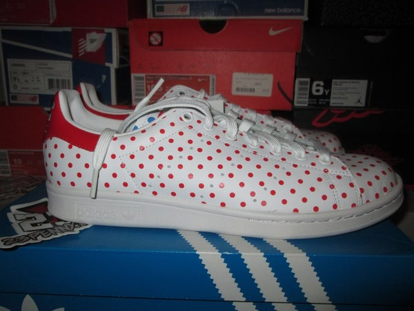 """adidas Stan Smith """"Pharrell Williams: Red Polka"""" - FAMPRICE.COM by 23PENNY"""