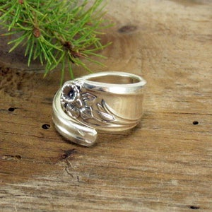 """Image of """"Daffodil"""" Spoon Ring"""