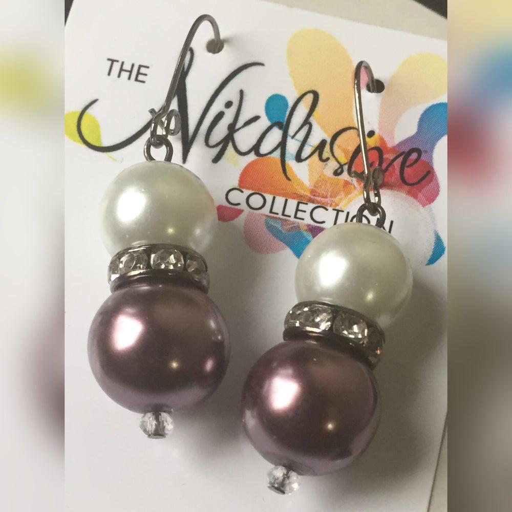 Image of Pearls ~n~ Stones