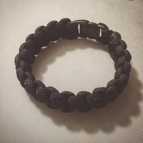 Image of  [paracord_braclet_black]