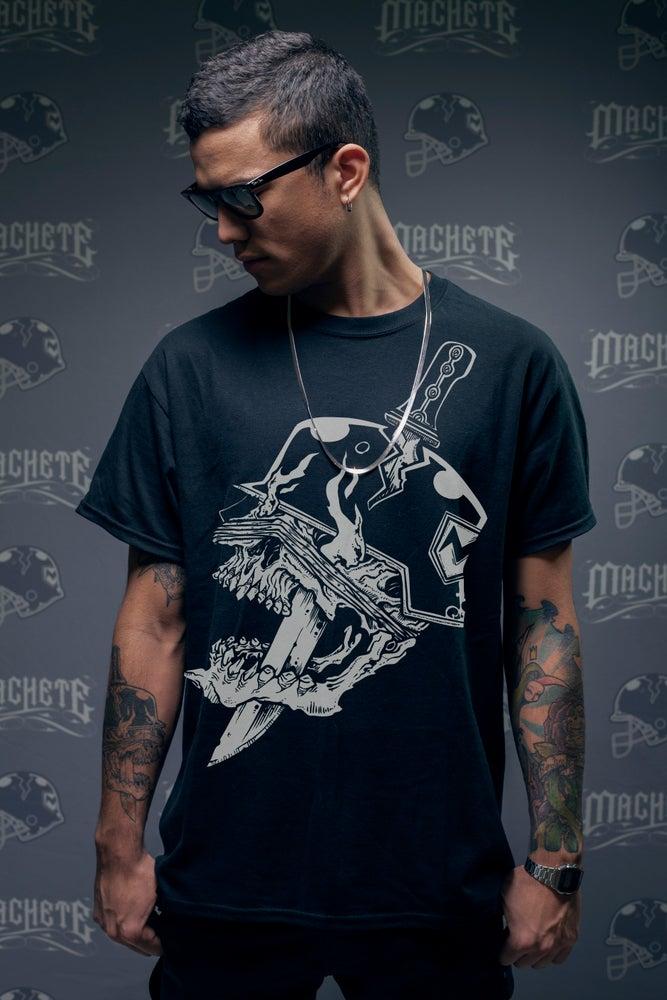 "Image of Machete "" Classic Logo ""  T-shirt  black"