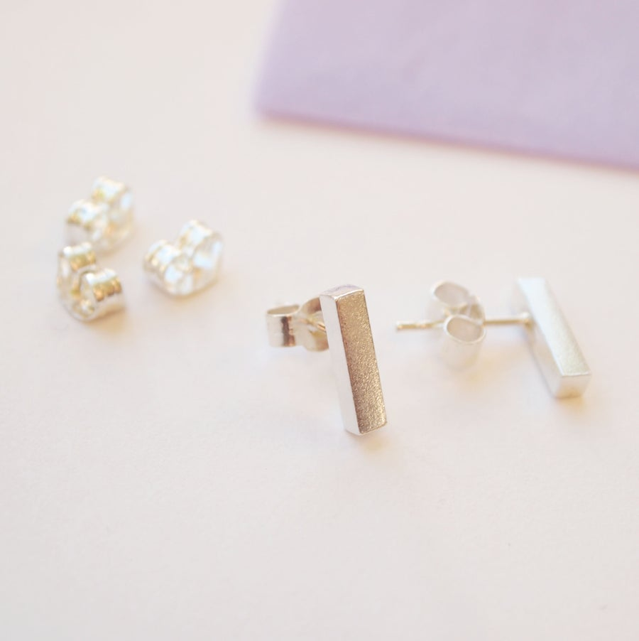 Image of square bar studs