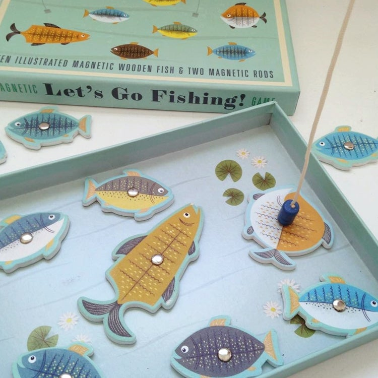 Magnetic let 39 s go fishing game london mummy stylish for Lets go fishing game