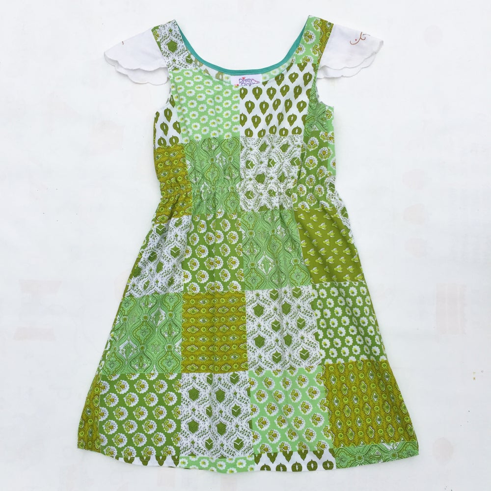 Image of Size 7 Doily sleeved dress - green patchwork