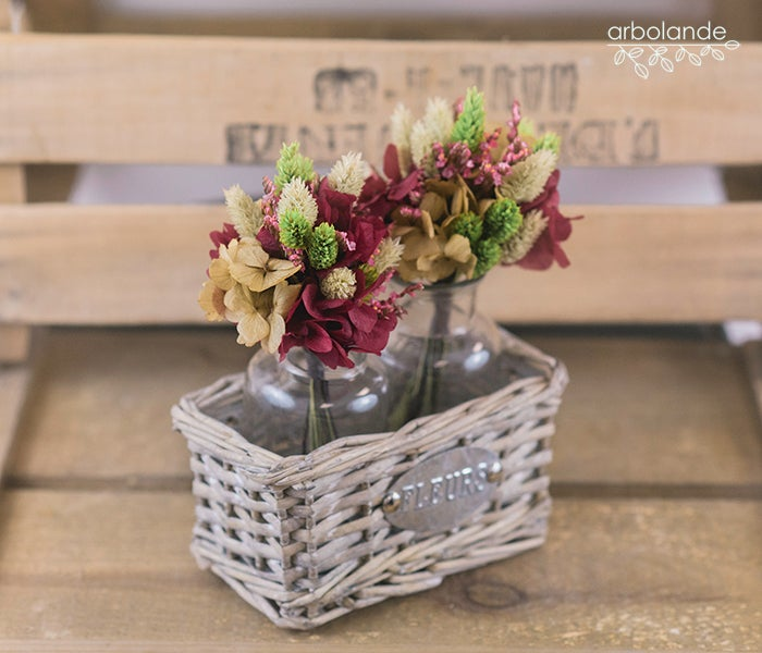 "Image of Cesta ""fleurs"" con botellas"