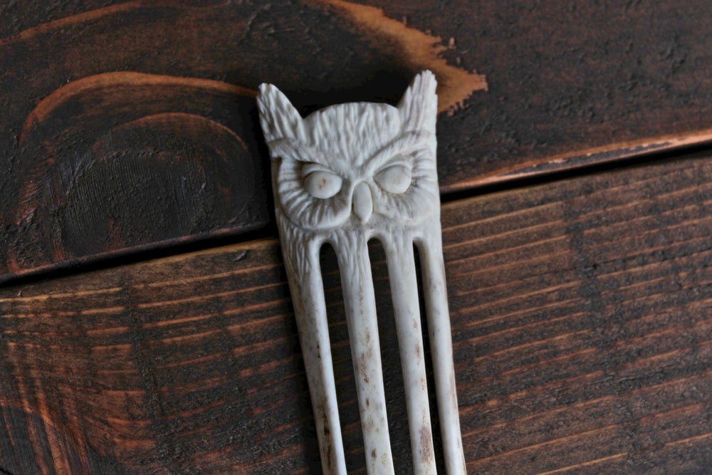 Image of Great Horned Owl - Antler Hair Fork