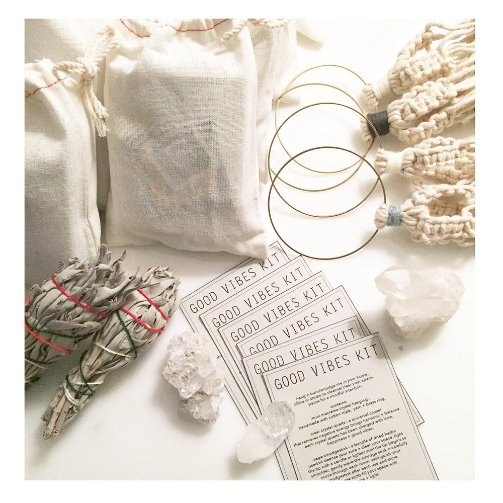 Image of GOOD VIBES KIT : CLEAR CRYSTAL QUARTZ