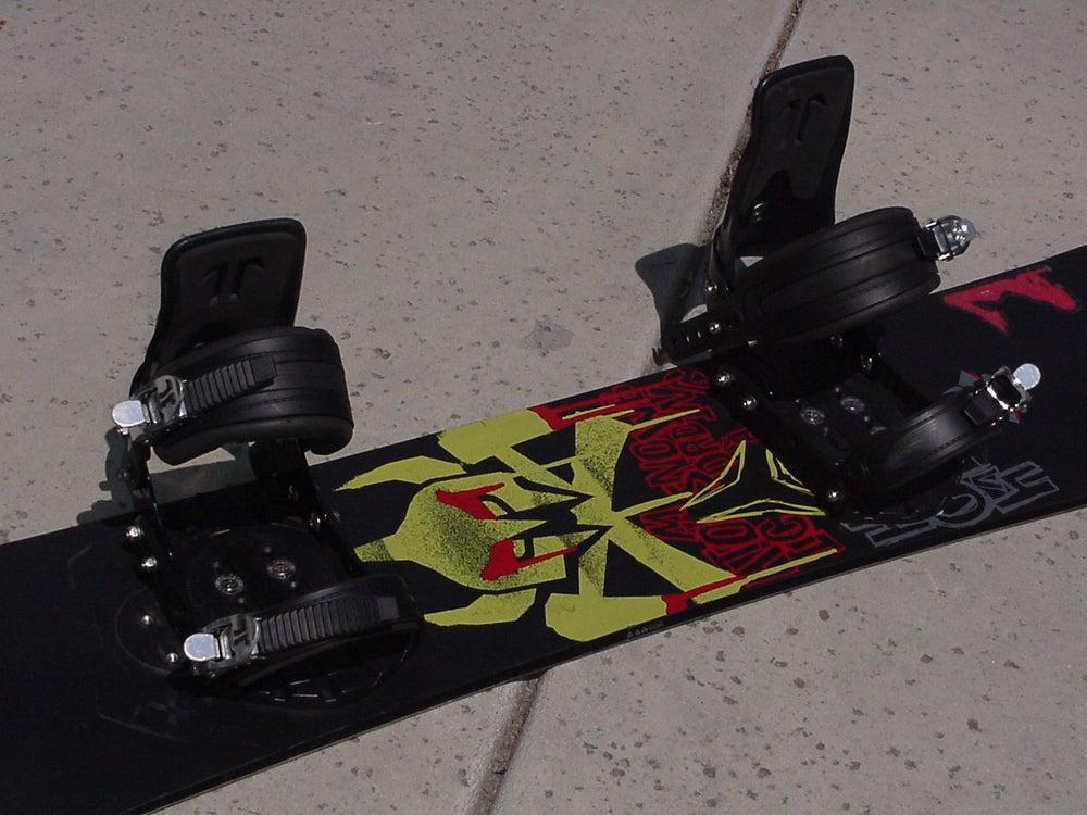 Image of Atomic Hatchet 156cm Snowboard with Atomic xl Bindings