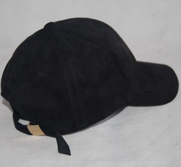 Image of BLACK 6 PANEL CAP / SUEDE