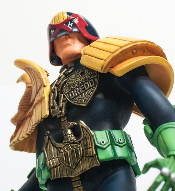 Image of JUDGE DREDD VINYL FIGURINE