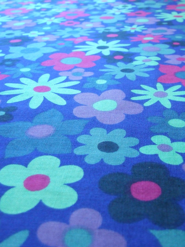 blue floral dekoplus - fat quarter / Rainbow Vintage Home
