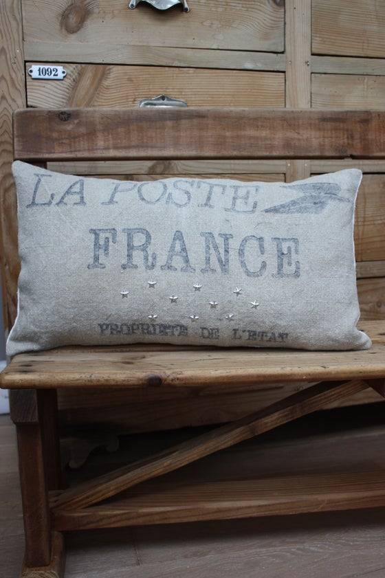 Image of Coussin chanvre et toile postale.
