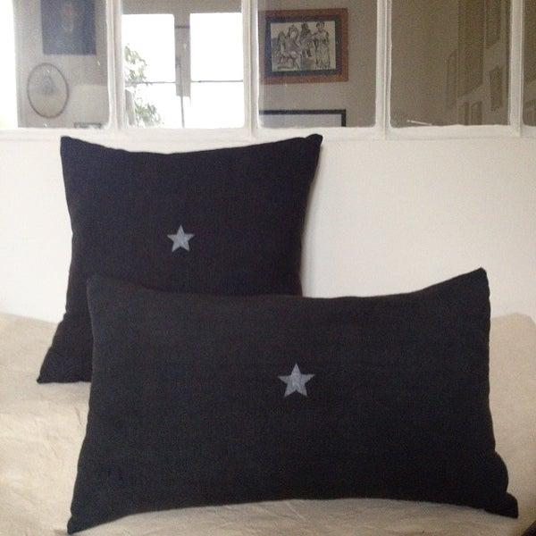 Image of Coussin carbone étoile argent