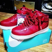 Image of NIKE AIR FORCE 1 PREMIUME RED- MID