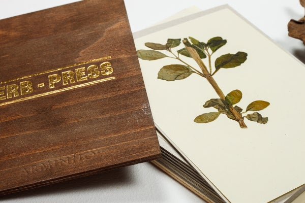 Herb-press - small aged - arminho