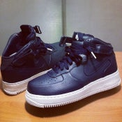 Image of NIKE AIR FORCE 1 PREMIUM BLUE- MID