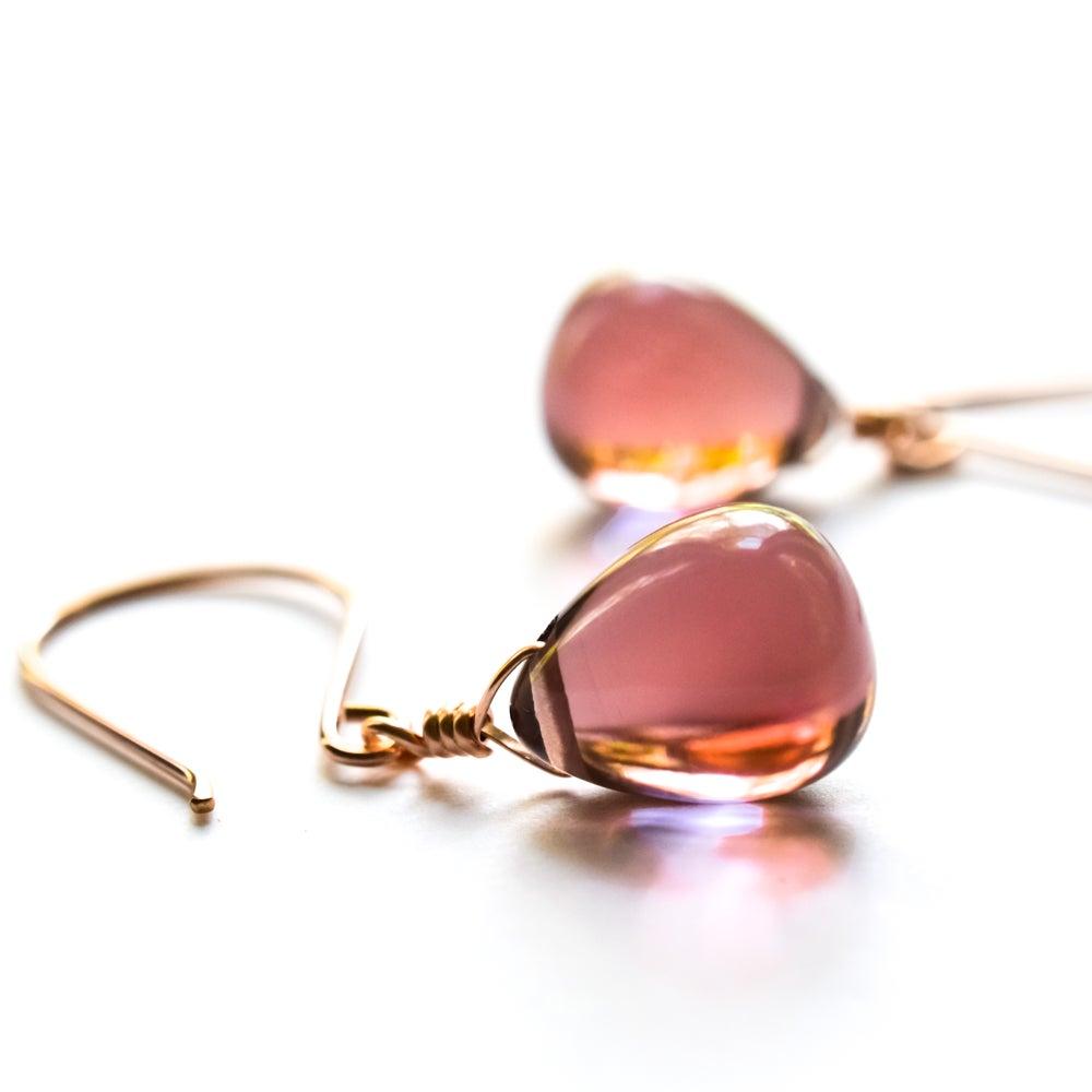 Image of New - Mauve glass drop earrings