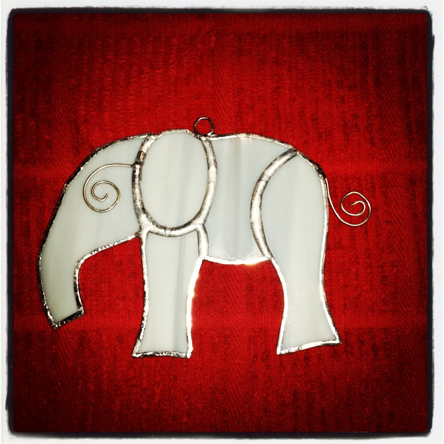 Image of Elephant - stained glass