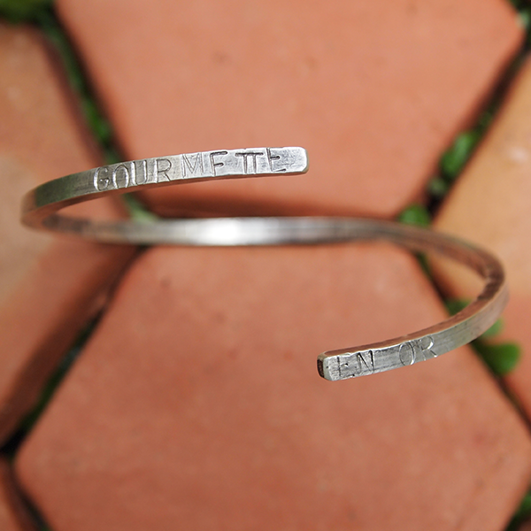 "Image of Bracelet ""gourmette en or"""