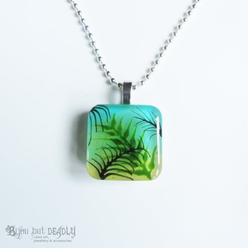 Image of Tropical Palm Green/Yellow Resin Pendant
