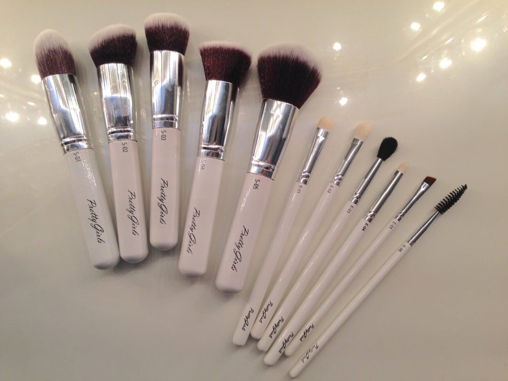 "Image of PRISSY WHITE PRETTYGIRLS 11 Piece - ""Complete Pretty"" Full Makeup Brush Set"