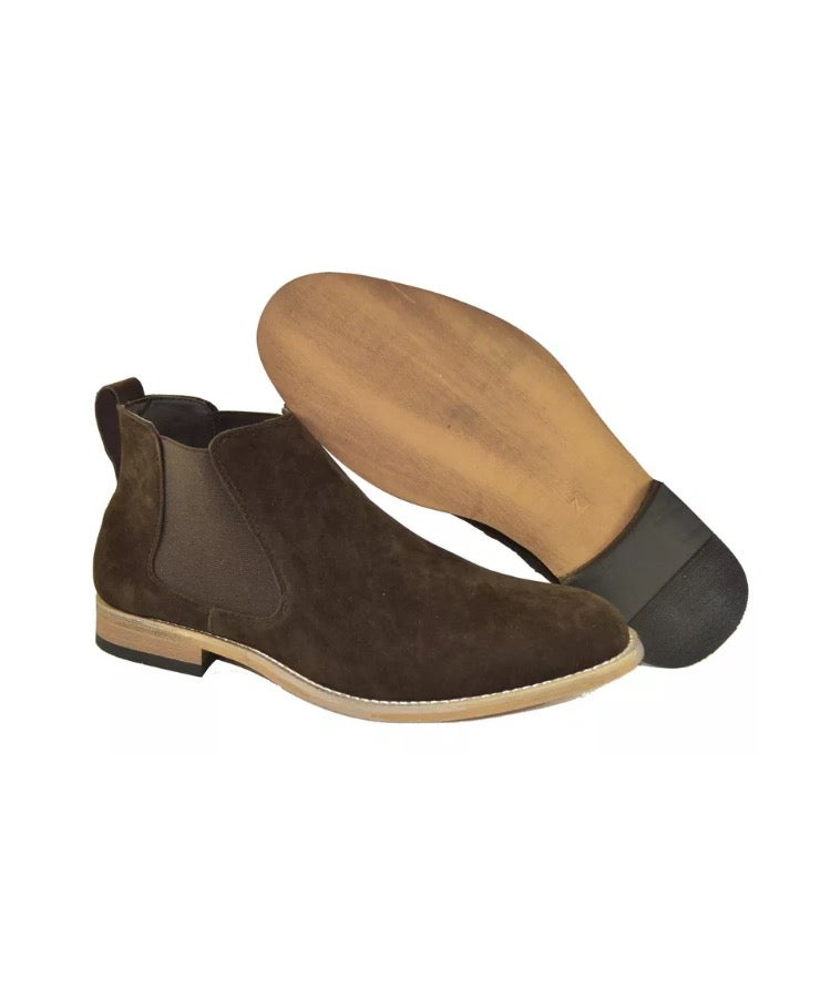Image of Brown Chelsea boots
