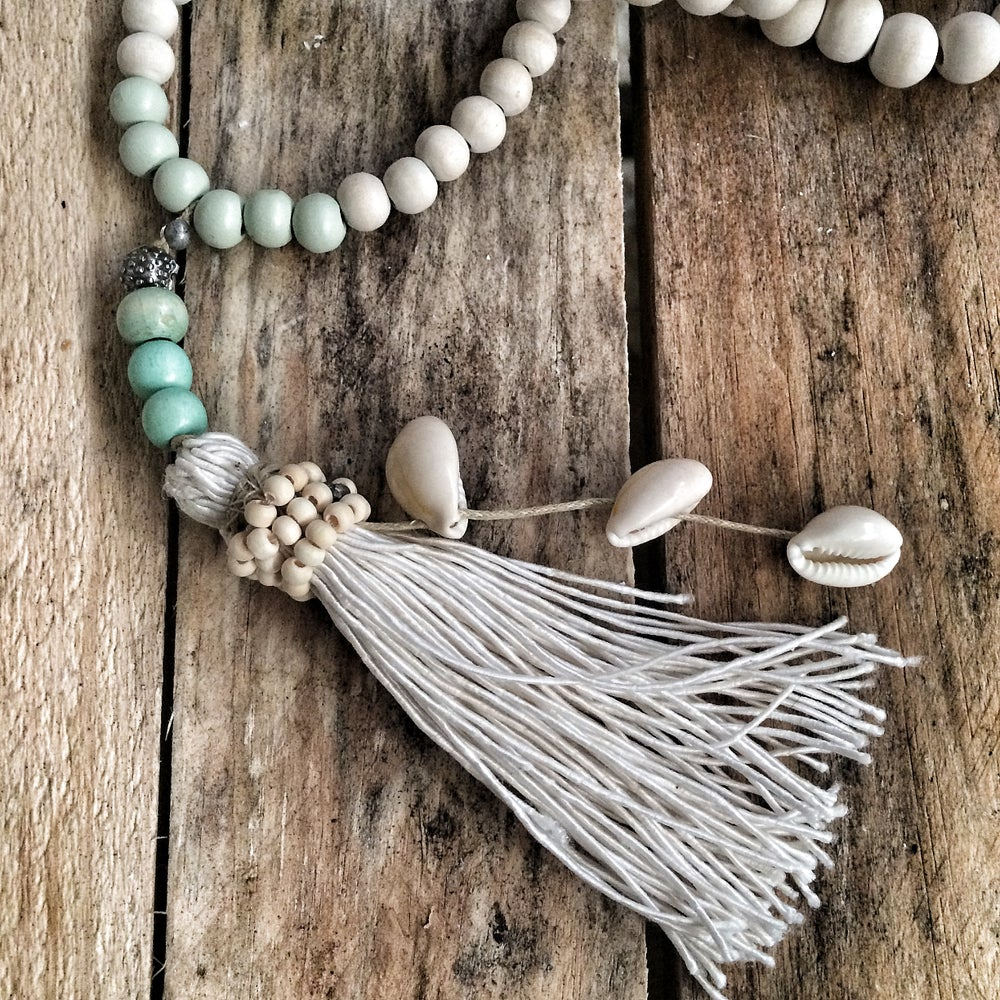 Image of Pompom & Shell necklace