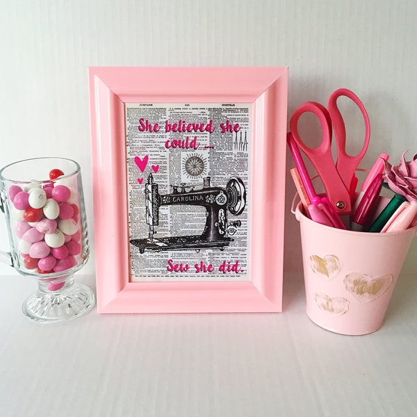 Image of Inspirational Pink Vintage Sewing Machine Art Print (5x7)