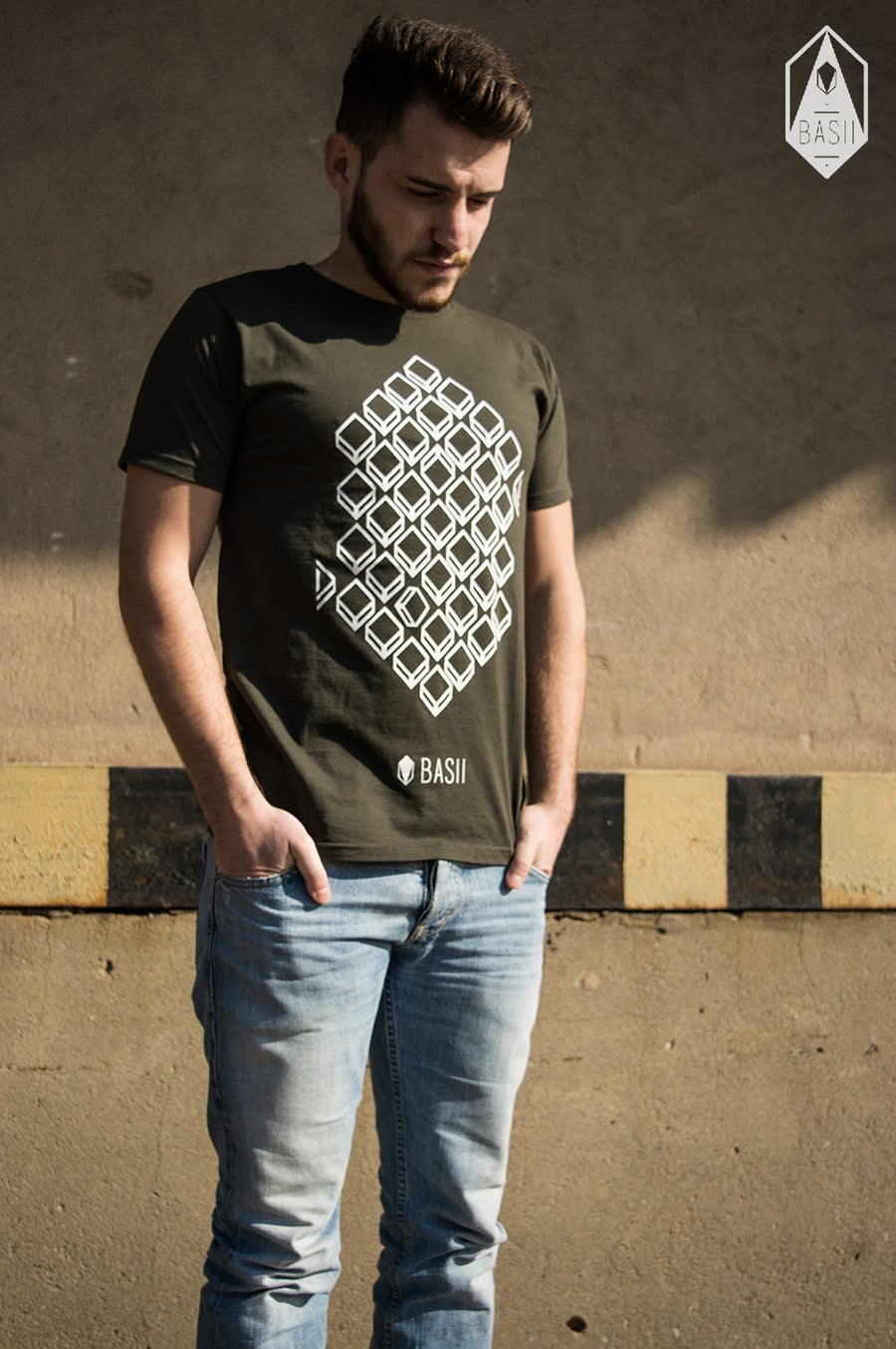 "Image of Shirt  // ""Hexagon"" // Charcoal (Grau)"