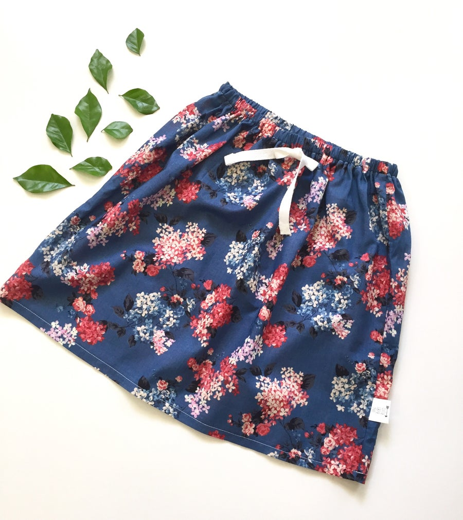 Image of Floral midi skirt