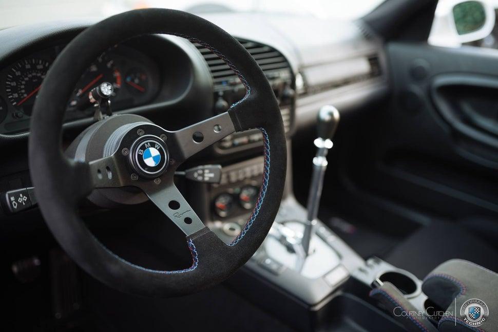 Image of BMW / VW / Alpina / Porsche Logo Horn Button