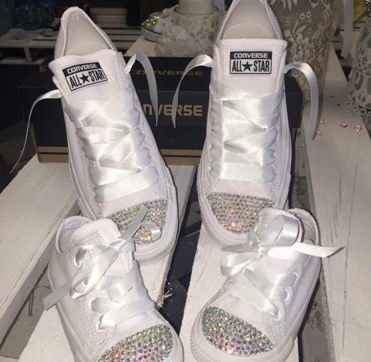 Image of Mother and baby matching crystal converse set
