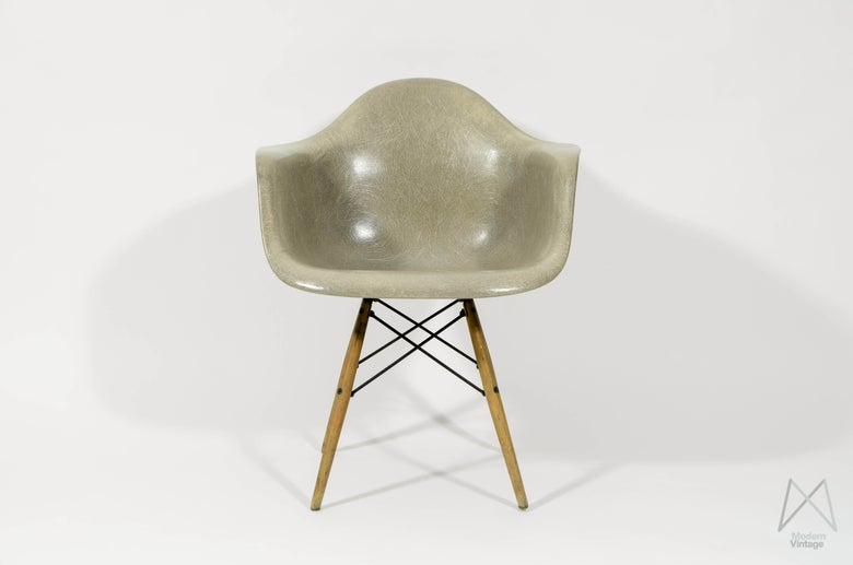 Image of Eames Zenith Greige Rope Edge First Generation Armchair DAW Original Dowel Base