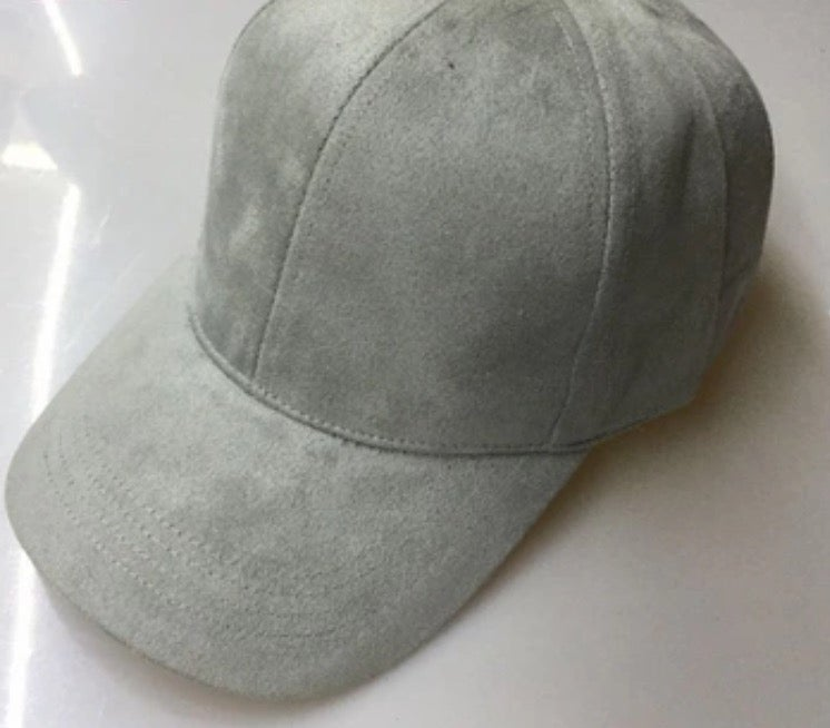 Image of GREY 6 PANEL CAP / SUEDE